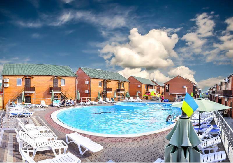 База отдыха с бассейном в Кирилловке